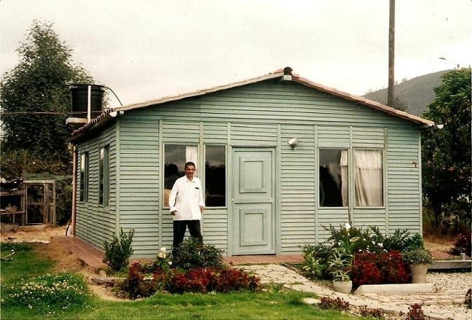 Ba os duchas m viles kioscos garitas casetas shelters - Casas de piedra prefabricadas ...