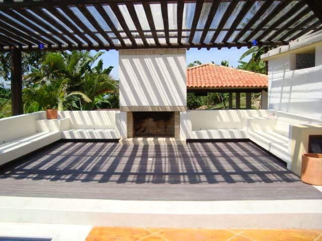 Decks pisos terrazas pisos flotantes madera pl stica for Ideas de pisos para terrazas