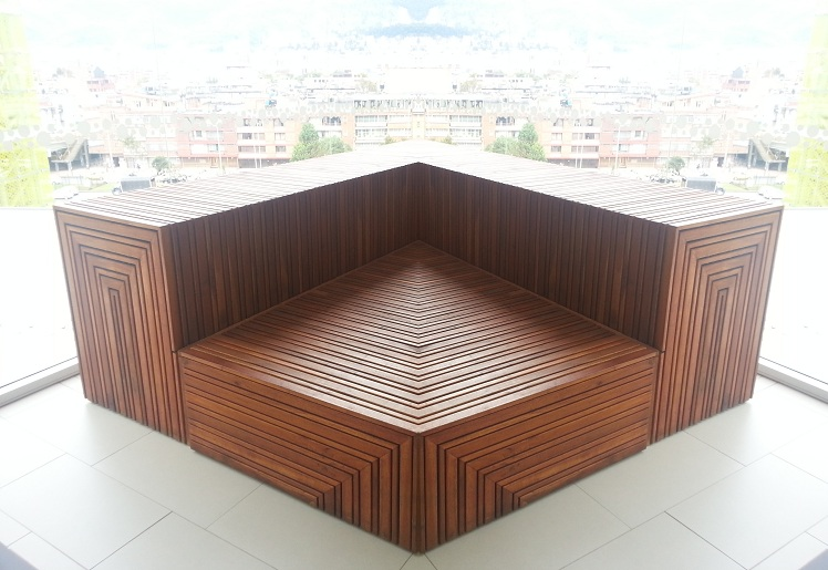 17 mesa y sillas para exteriores pl sticos con parasoles - Mesa de madera exterior ...