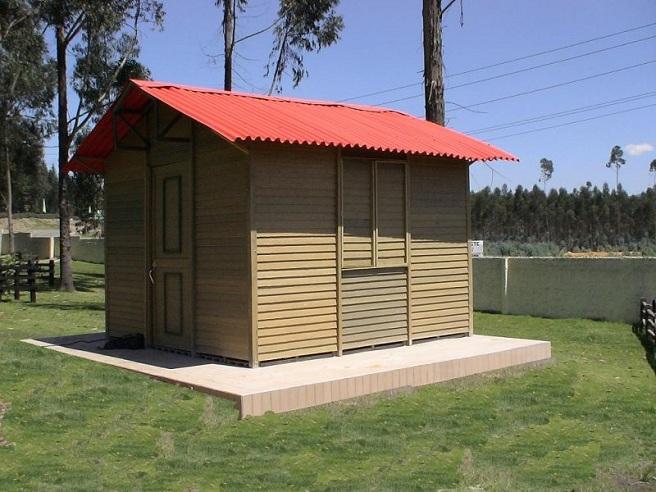 Carpinter a ebanister a con maderas pl sticas wpc for Casas de juguete para jardin