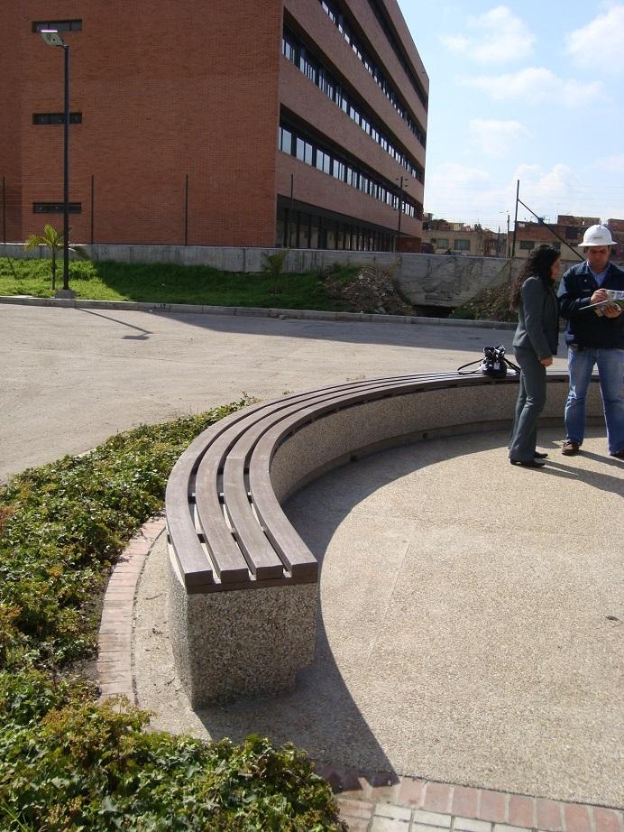 Bancos exterior jardin banco santiago de madera para for Google banco exterior